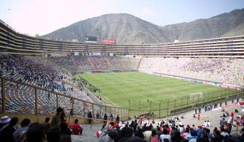 View from the south-west corner of el Estadio Monumental.