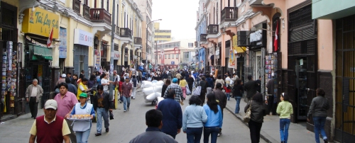 Lima centro, downtown Lima. Crazyness everywhere means normality.