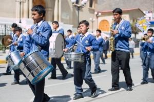 Tarma marching band, sans blue velour cowboy hats